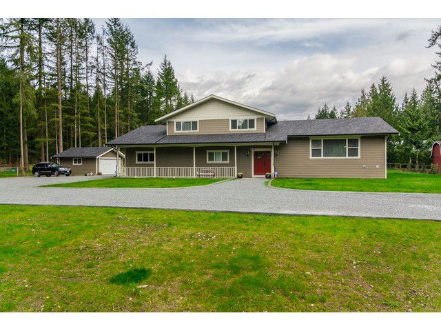 Main Photo: 2050 198TH Street in Langley: Brookswood Langley House for sale : MLS®# F1435854