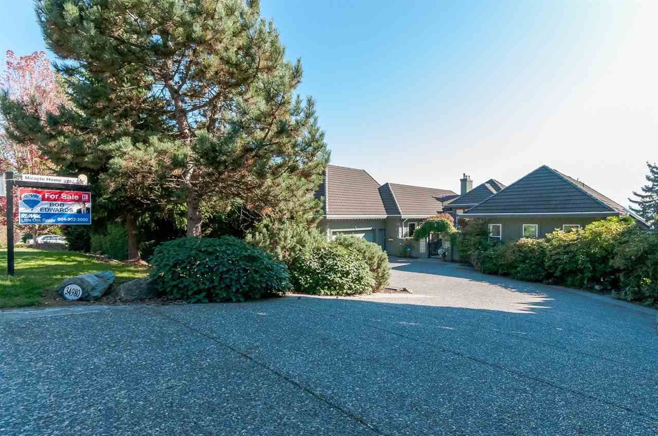 Main Photo: 34980 SKYLINE Drive in Abbotsford: Abbotsford East House for sale : MLS®# R2005260