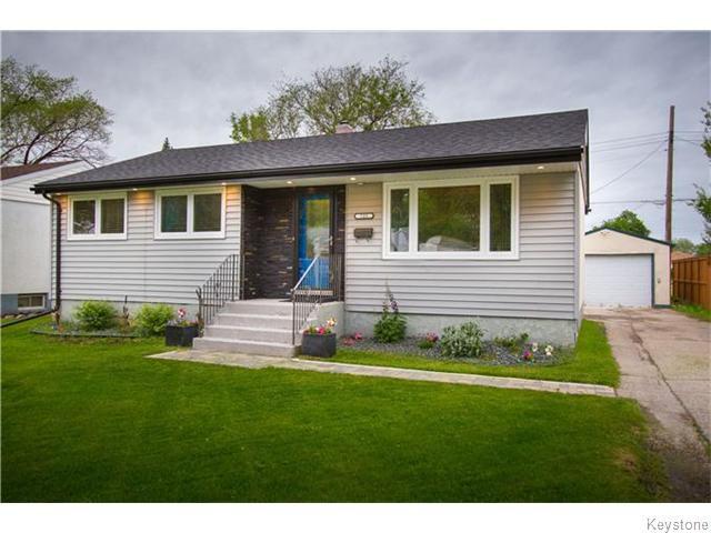 Main Photo: 725 Robin Hood Crescent in Winnipeg: East Kildonan Residential for sale (North East Winnipeg)  : MLS®# 1615893