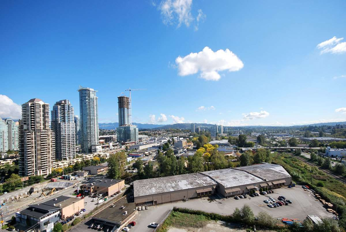"""Main Photo: 2006 2355 MADISON Avenue in Burnaby: Brentwood Park Condo for sale in """"OMA"""" (Burnaby North)  : MLS®# R2110371"""