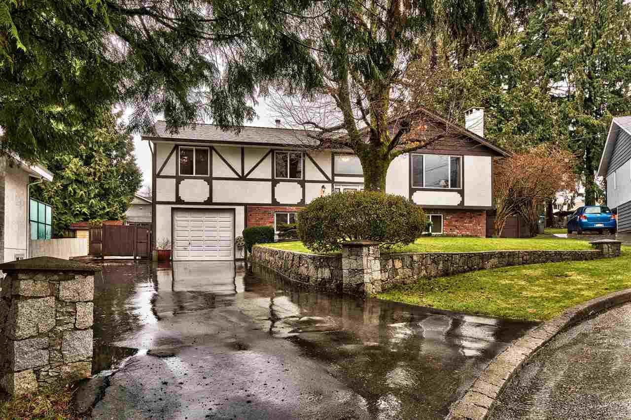 Main Photo: 1850 SINCLAIR Place in Port Coquitlam: Lower Mary Hill House for sale : MLS®# R2148035