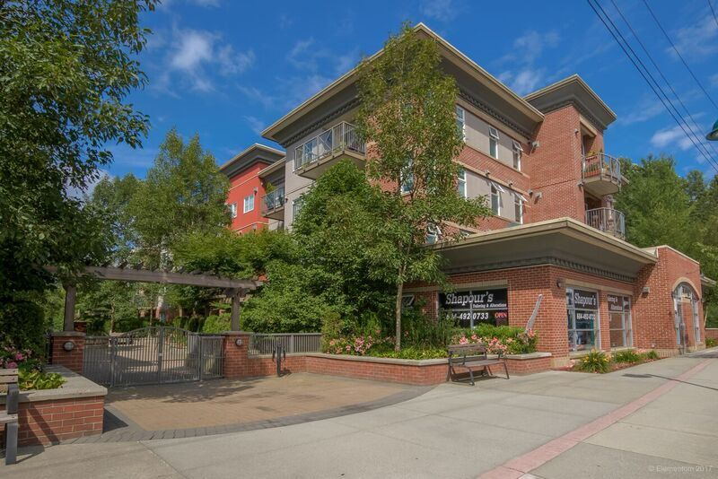 "Main Photo: 102 3260 ST JOHNS Street in Port Moody: Port Moody Centre Condo for sale in ""THE SQUARE"" : MLS®# R2187974"