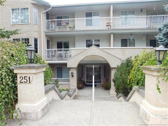 Main Photo: 202 251 Southeast 6 Street in Salmon Arm: MacIntosh Grove House for sale (SE Salmon Arm)  : MLS®# 10142354