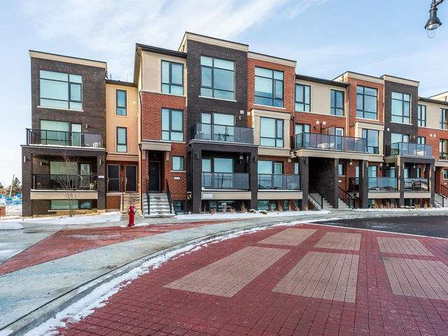 Main Photo: 42 100 Dufay Road in Brampton: Northwest Brampton Condo for sale : MLS®# W4010152