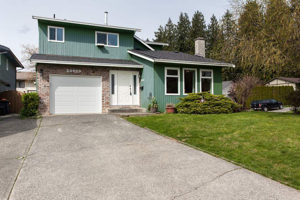 Main Photo: 20469 TELEGRAPH Trail in Langley: Walnut Grove House for sale : MLS®# R2257553