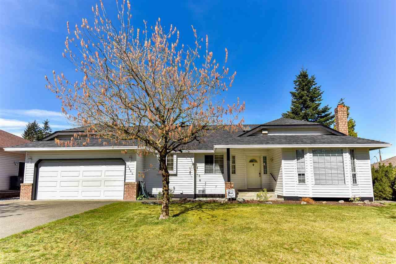 Main Photo: 5965 133 STREET in : Panorama Ridge House for sale : MLS®# R2050020
