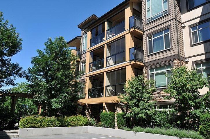 Main Photo: 404 12655 190A Street in Pitt Meadows: Mid Meadows Condo for sale : MLS®# R2304831