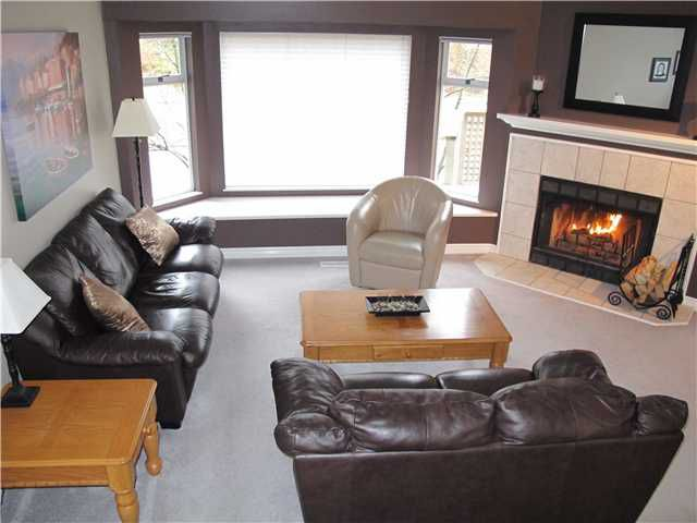 Main Photo: 49 1195 FALCON Drive in Coquitlam: Eagle Ridge CQ Townhouse for sale : MLS®# V887486