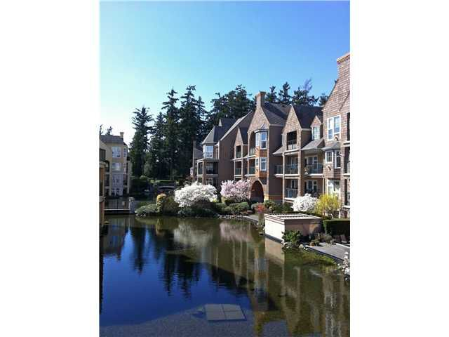 """Main Photo: 303 1363 56TH Street in Tsawwassen: Cliff Drive Condo for sale in """"WINDSOR WOODS"""" : MLS®# V922513"""