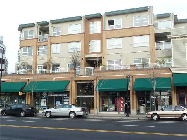 Main Photo: 408 108 W Esplanade Avenue in North Vancouver: Lower Lonsdale Condo for sale : MLS®# V983444
