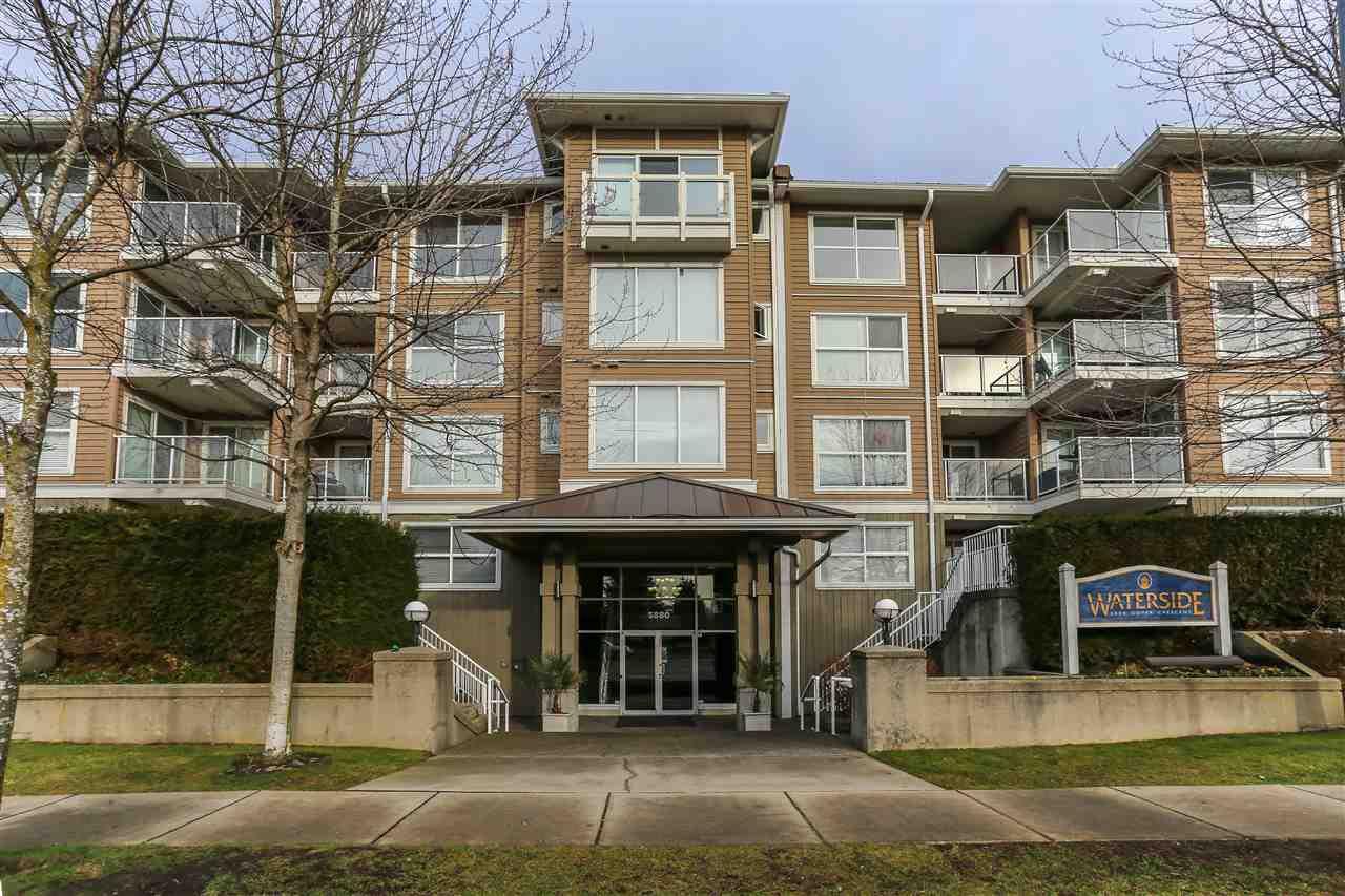 """Main Photo: 442 5880 DOVER Crescent in Richmond: Riverdale RI Condo for sale in """"WATERSIDE"""" : MLS®# R2027195"""