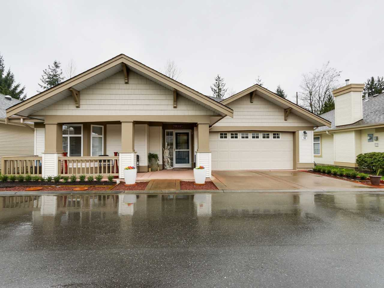 """Main Photo: 56 8555 209TH Street in Langley: Walnut Grove Townhouse for sale in """"AUTUMNWOOD"""" : MLS®# R2042335"""