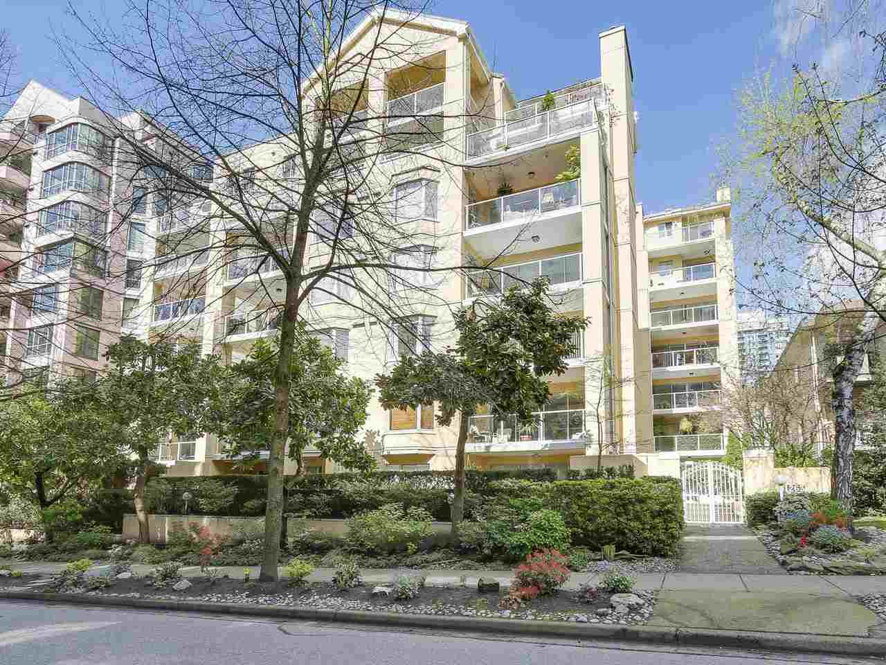 "Main Photo: 403 1263 BARCLAY Street in Vancouver: West End VW Condo for sale in ""Westpoint Terrace"" (Vancouver West)  : MLS®# R2165525"