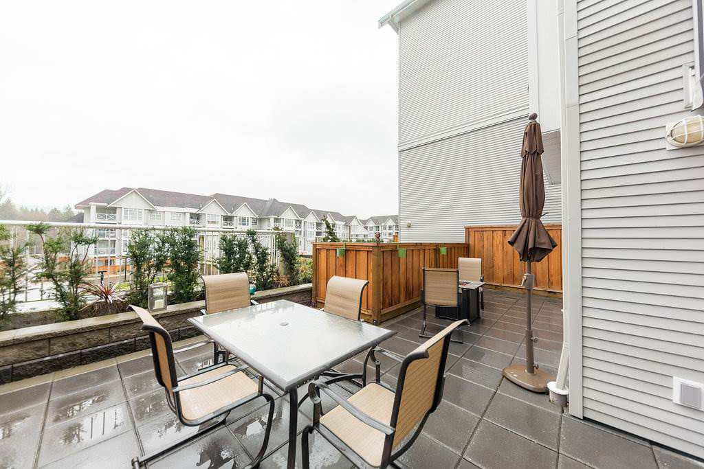 """Main Photo: 104 3122 ST JOHNS Street in Port Moody: Port Moody Centre Condo for sale in """"SONRISA"""" : MLS®# R2252681"""