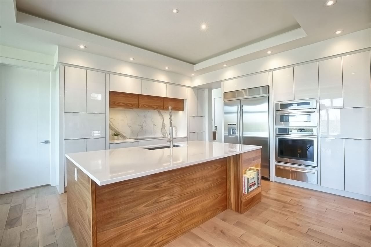 Main Photo: 627 HOWATT Drive in Edmonton: Zone 55 House for sale : MLS®# E4132252