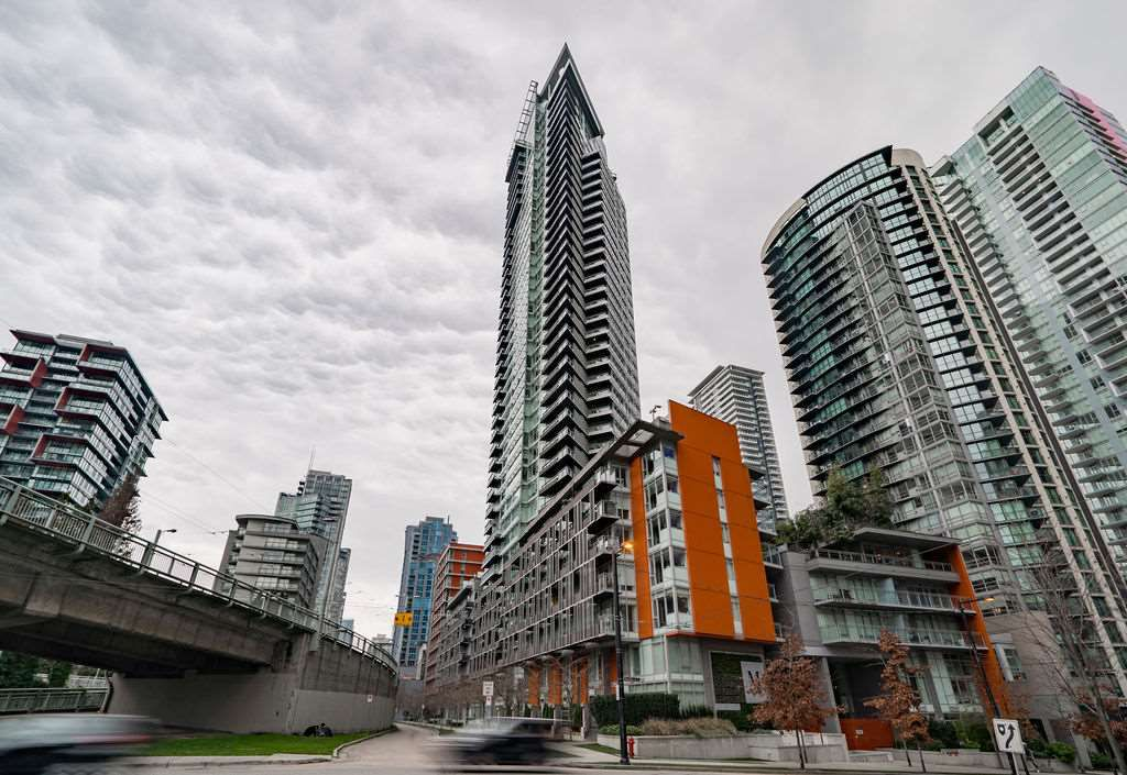 """Main Photo: 507 1372 SEYMOUR Street in Vancouver: Downtown VW Condo for sale in """"The Mark"""" (Vancouver West)  : MLS®# R2346355"""