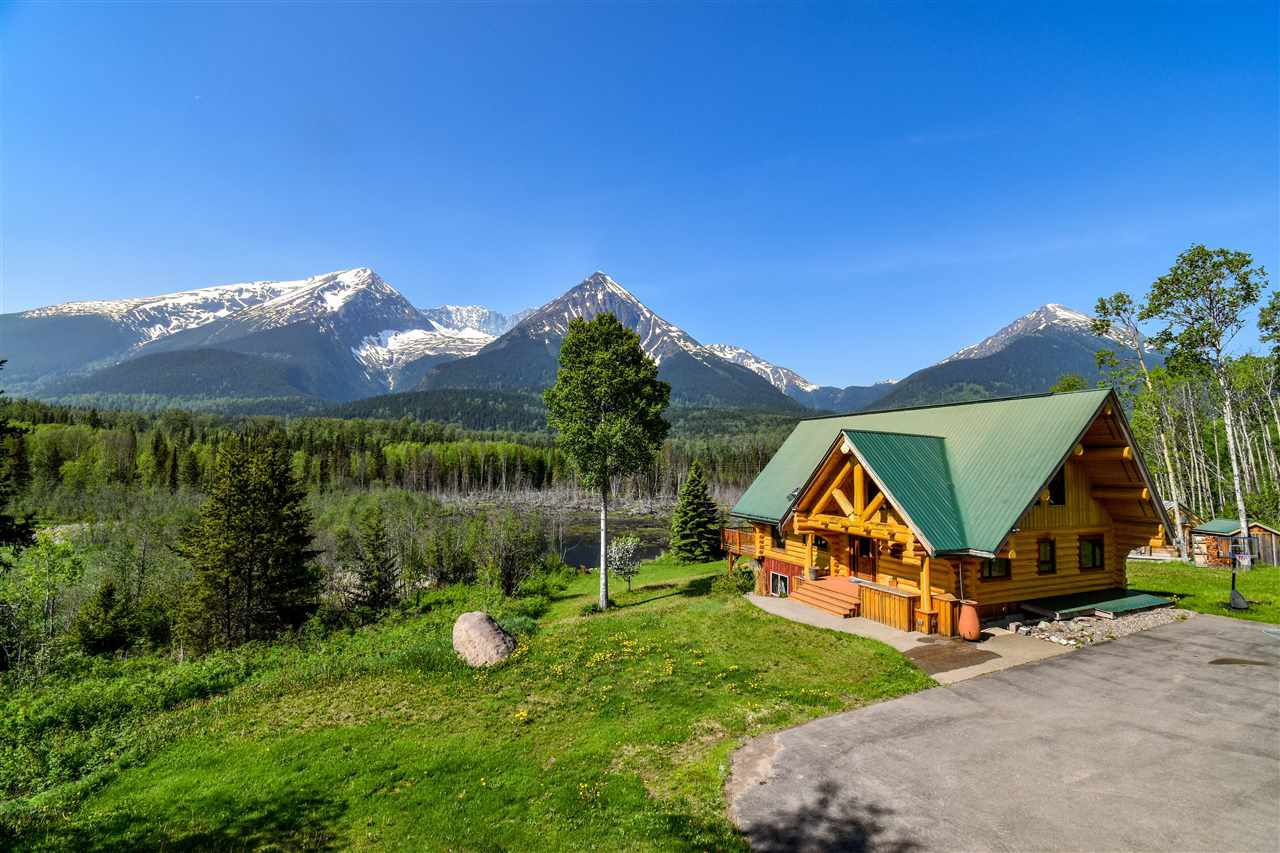 """Main Photo: 10459 HORLINGS Road in Smithers: Smithers - Rural House for sale in """"SILVERN ESTATES"""" (Smithers And Area (Zone 54))  : MLS®# R2377453"""