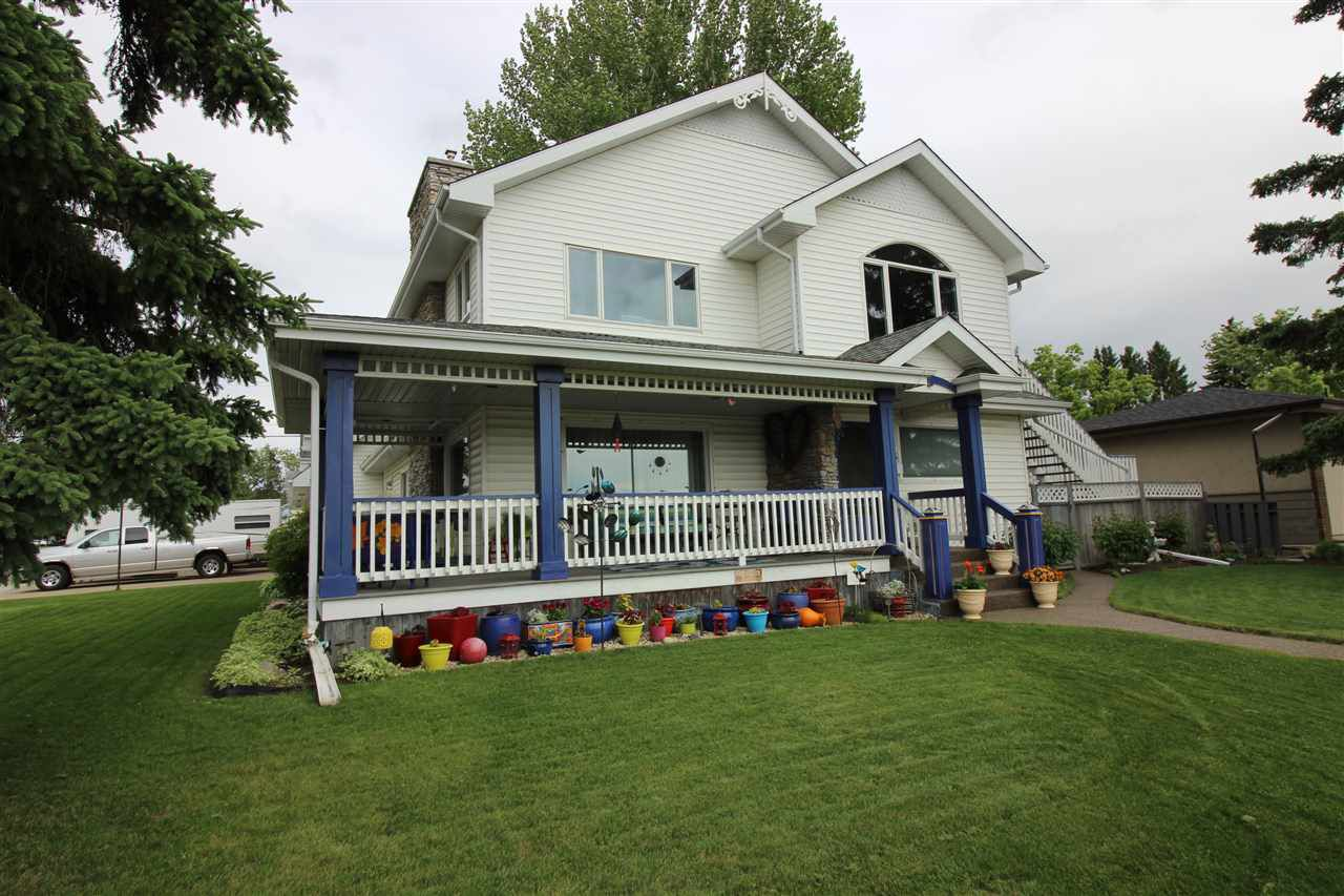 Main Photo: 10415 FULTON Drive in Edmonton: Zone 19 House for sale : MLS®# E4161135