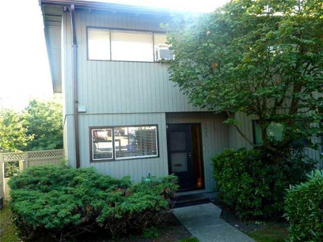 "Main Photo: 3045 CARINA Place in Burnaby: Simon Fraser Hills Townhouse for sale in ""SIMON FRASER HILLS"" (Burnaby North)  : MLS®# V908873"