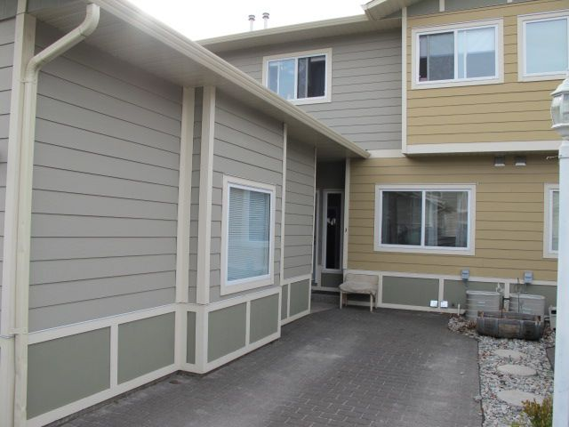 Main Photo: #3- 148 Roy Avenue in Penticton: Residential Attached for sale : MLS®# 140503