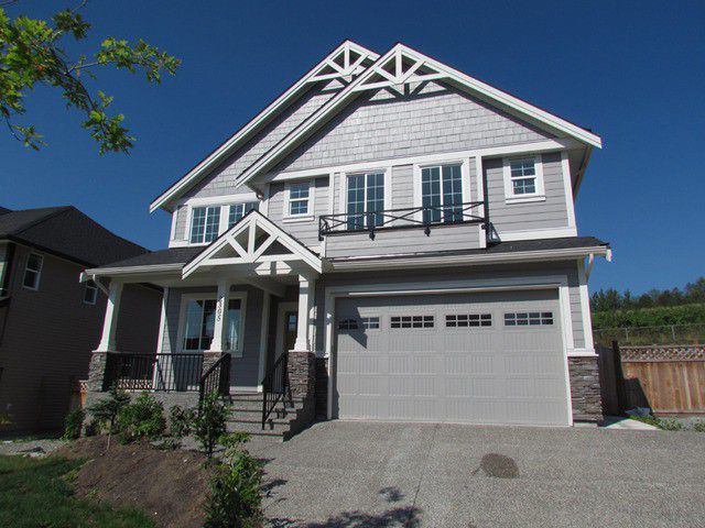 "Main Photo: 2305 CHARDONNAY Lane in Abbotsford: House for sale in ""Pepinbrook Estates"" : MLS®# F1440169"