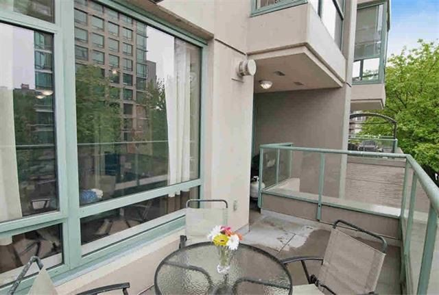 """Main Photo: 305 1238 BURRARD Street in Vancouver: Downtown VW Condo for sale in """"ALTADENA"""" (Vancouver West)  : MLS®# R2033551"""