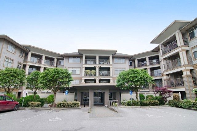 "Main Photo: 102 12238 224 Street in Maple Ridge: East Central Condo for sale in ""Urbano"" : MLS®# R2114769"