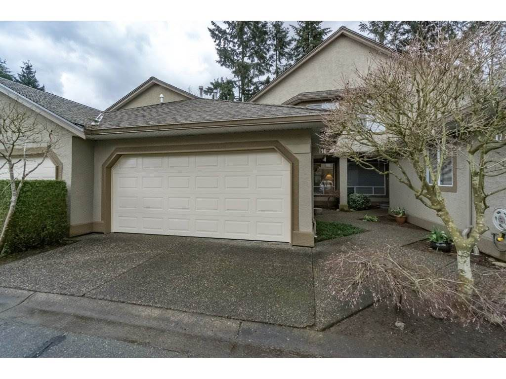 "Main Photo: 110 15988 83 Avenue in Surrey: Fleetwood Tynehead Townhouse for sale in ""Glenridge Estates"" : MLS®# R2157228"