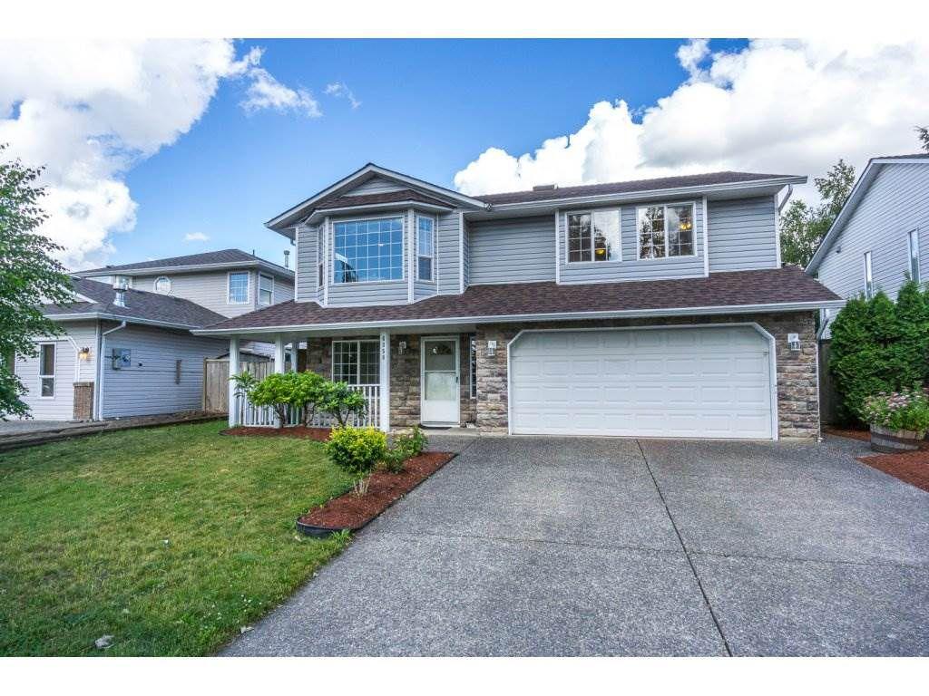 Main Photo: 6358 SELKIRK Street in Sardis: Sardis West Vedder Rd House for sale : MLS®# R2180286