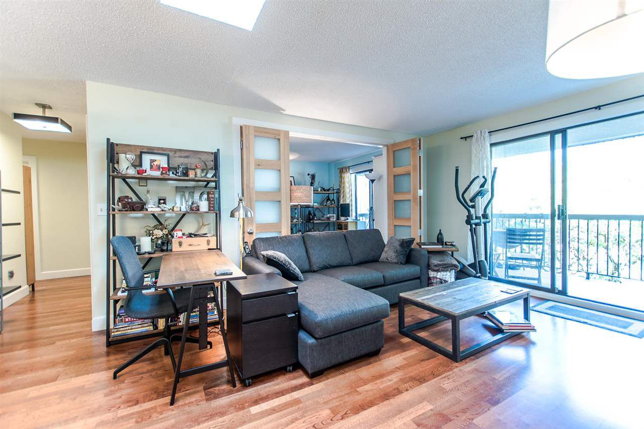 "Main Photo: 306 340 NINTH Street in New Westminster: Uptown NW Condo for sale in ""PARK WESTMINISTER"" : MLS®# R2220650"