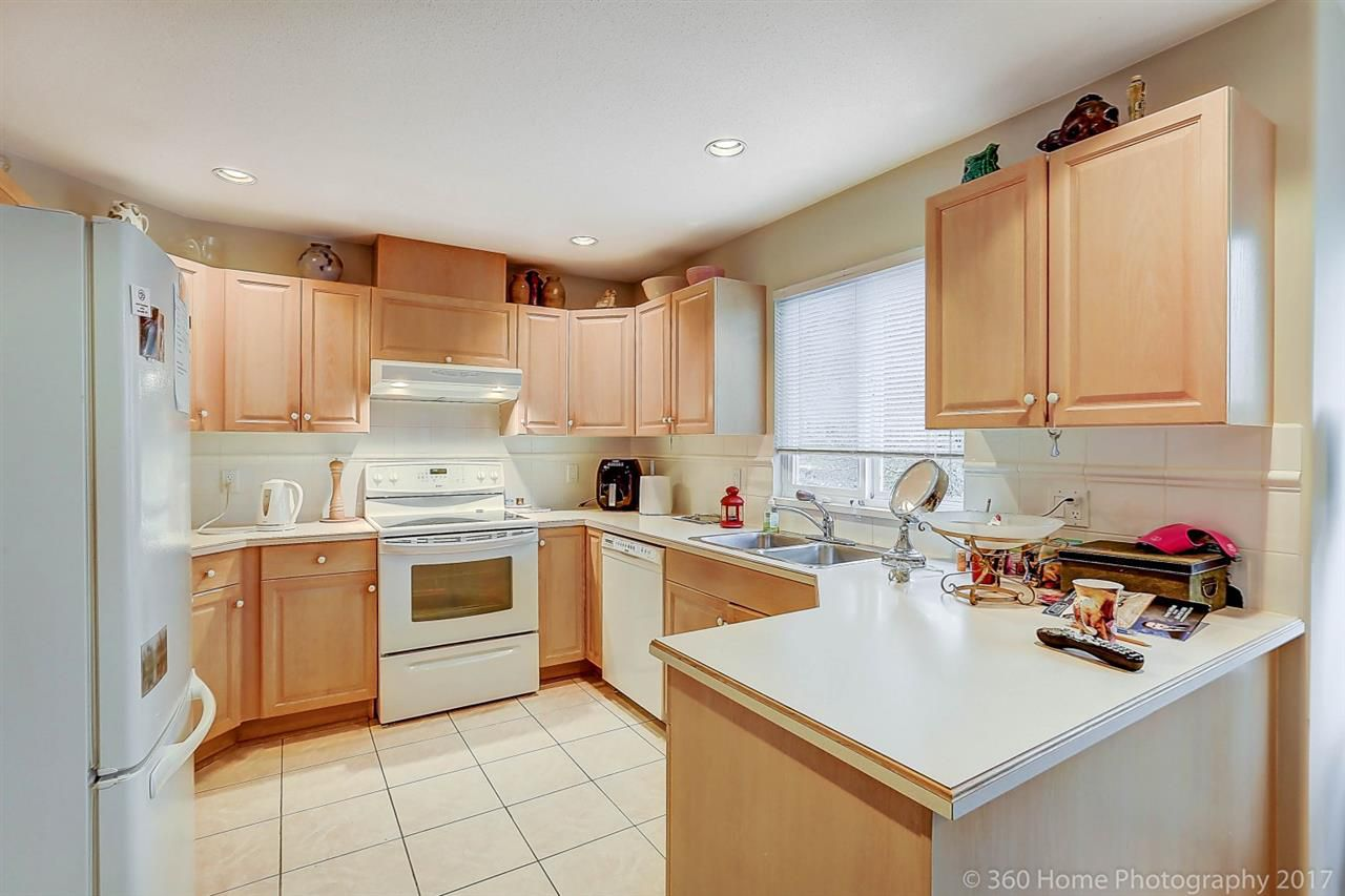 Main Photo: 269 13888 70 Avenue in Surrey: East Newton Townhouse for sale : MLS®# R2223322