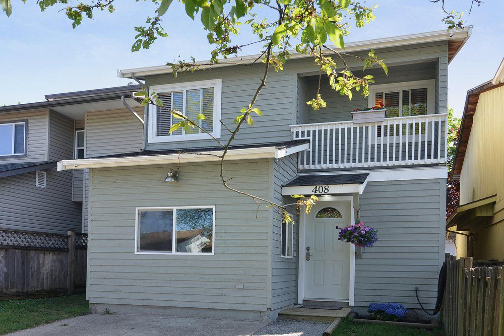 Main Photo: 408 BRUNEAU Place in Langley: Home for sale : MLS®# F1309344