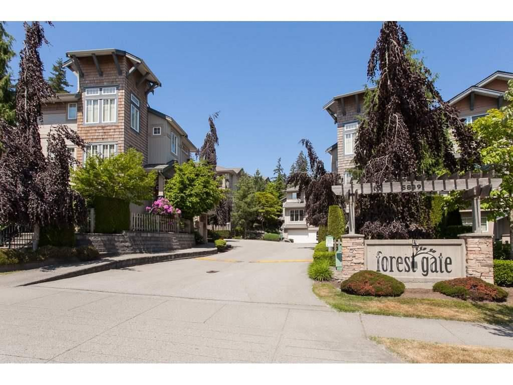 "Main Photo: 28 5839 PANORAMA Drive in Surrey: Sullivan Station Townhouse for sale in ""FOREST GATE"" : MLS®# R2292767"