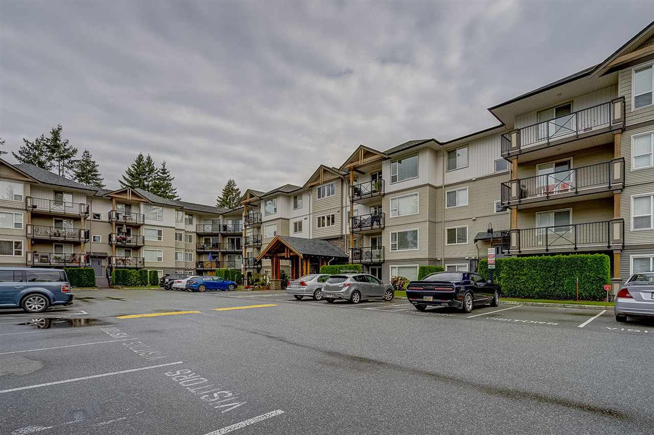 "Main Photo: 109 2990 BOULDER Street in Abbotsford: Abbotsford West Condo for sale in ""WESTWOOD"" : MLS®# R2312436"