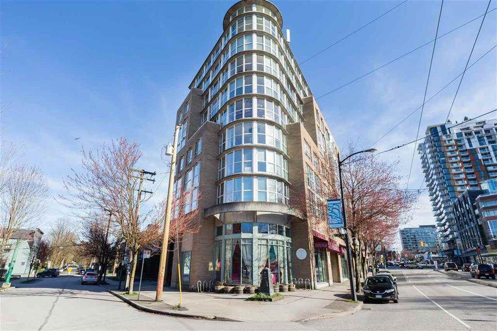 Main Photo: 217 288 E 8TH Avenue in Vancouver: Mount Pleasant VE Condo for sale (Vancouver East)  : MLS®# R2359385
