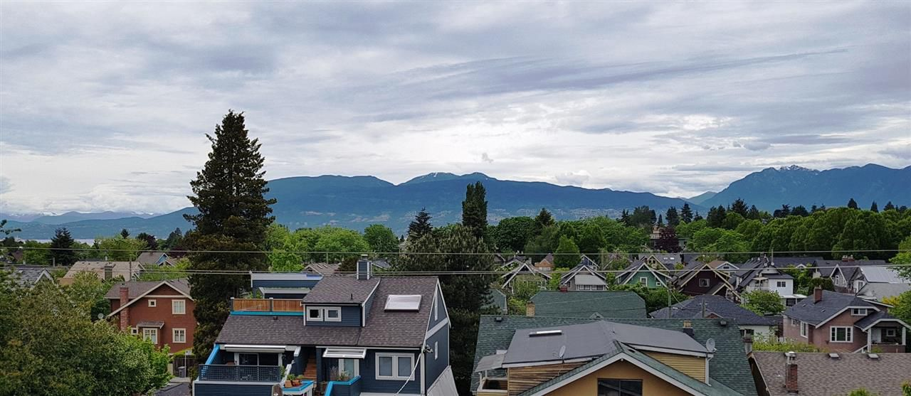 """Main Photo: 410 2665 W BROADWAY Street in Vancouver: Kitsilano Condo for sale in """"MAQUIRE"""" (Vancouver West)  : MLS®# R2370662"""