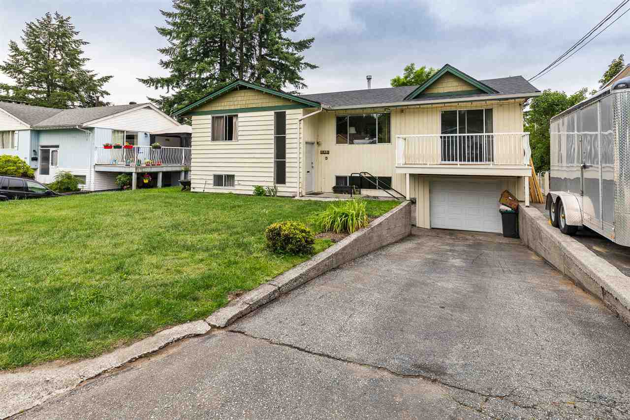 Main Photo: 11481 BARCLAY Street in Maple Ridge: Southwest Maple Ridge House for sale : MLS®# R2387669