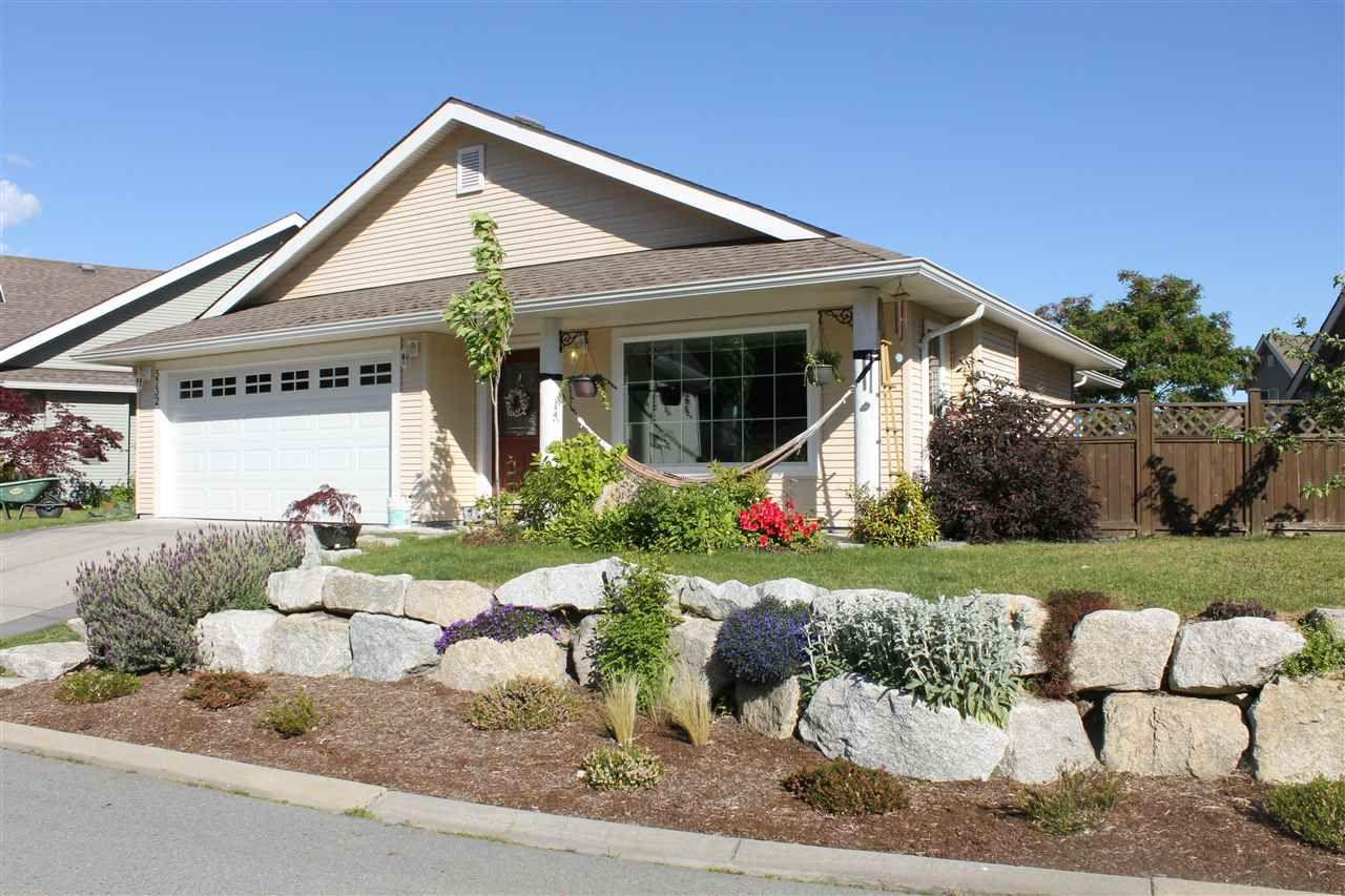 Main Photo: 5732 CARTIER Road in Sechelt: Sechelt District House for sale (Sunshine Coast)  : MLS®# R2067881