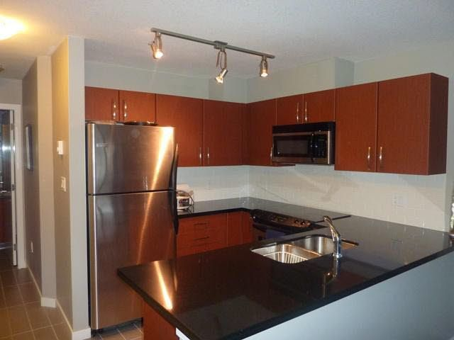 Main Photo: 212 7339 MACPHERSON AVENUE in : Metrotown Condo for sale : MLS®# V898244