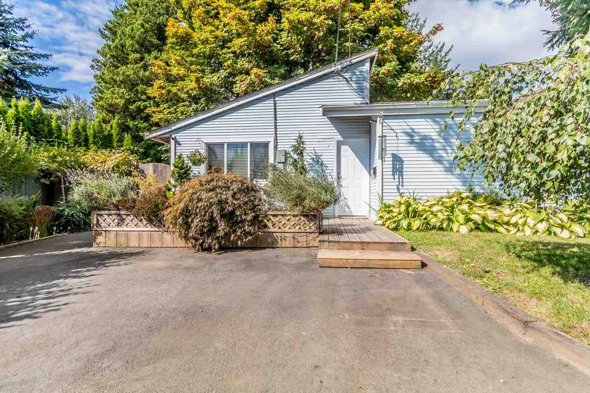 Main Photo: 7757 BLOTT Street in Mission: Mission BC House for sale : MLS®# R2208777