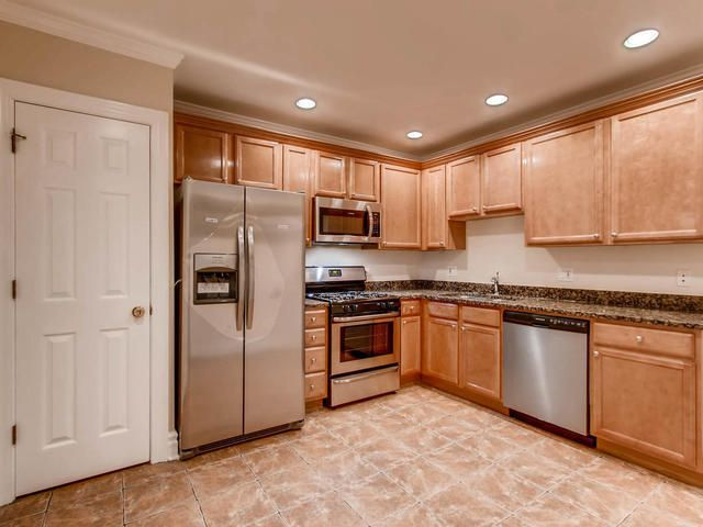 Photo 10: Photos: 5303 Washington Boulevard Unit G in CHICAGO: CHI - Austin Condo, Co-op, Townhome for sale ()  : MLS®# 09821465