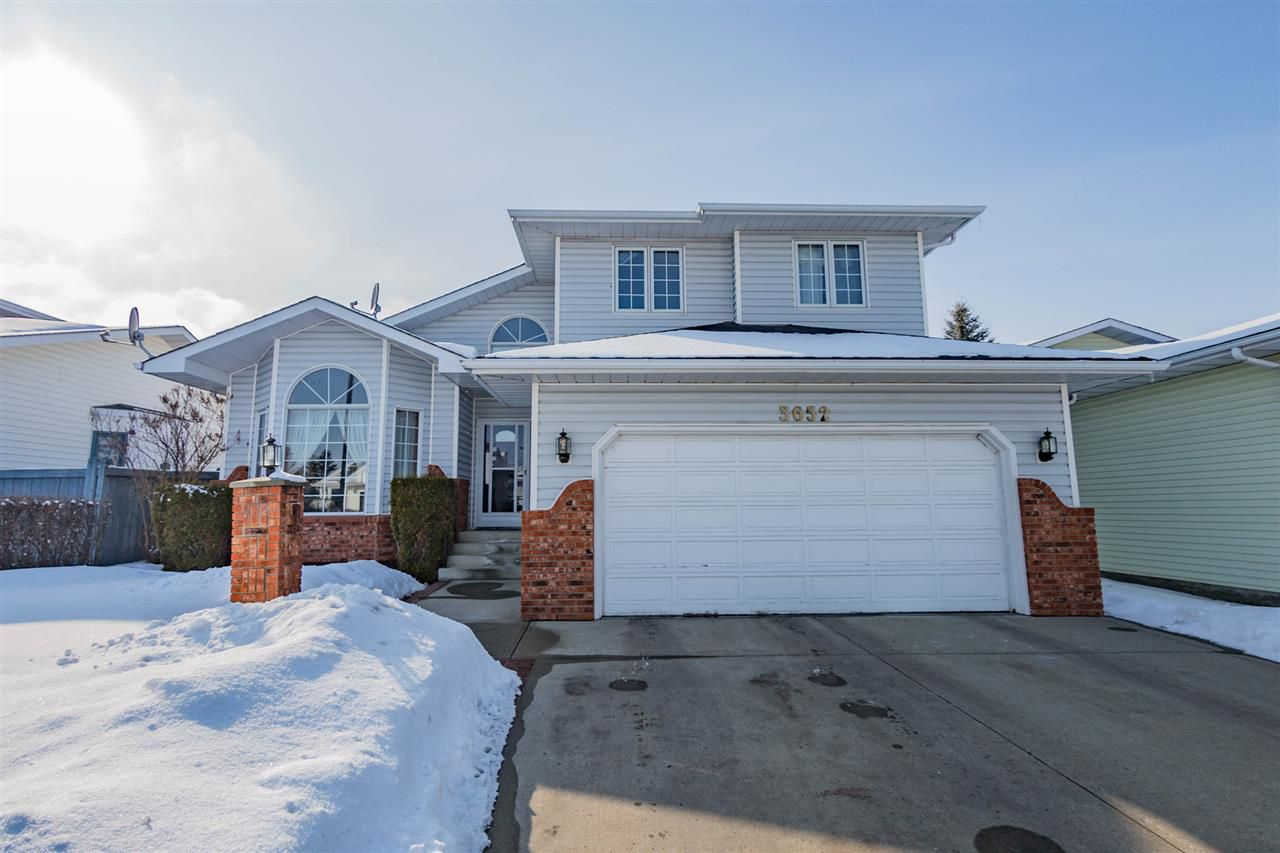 Main Photo: 3652 33 St Street in Edmonton: Zone 30 House for sale : MLS®# E4101438