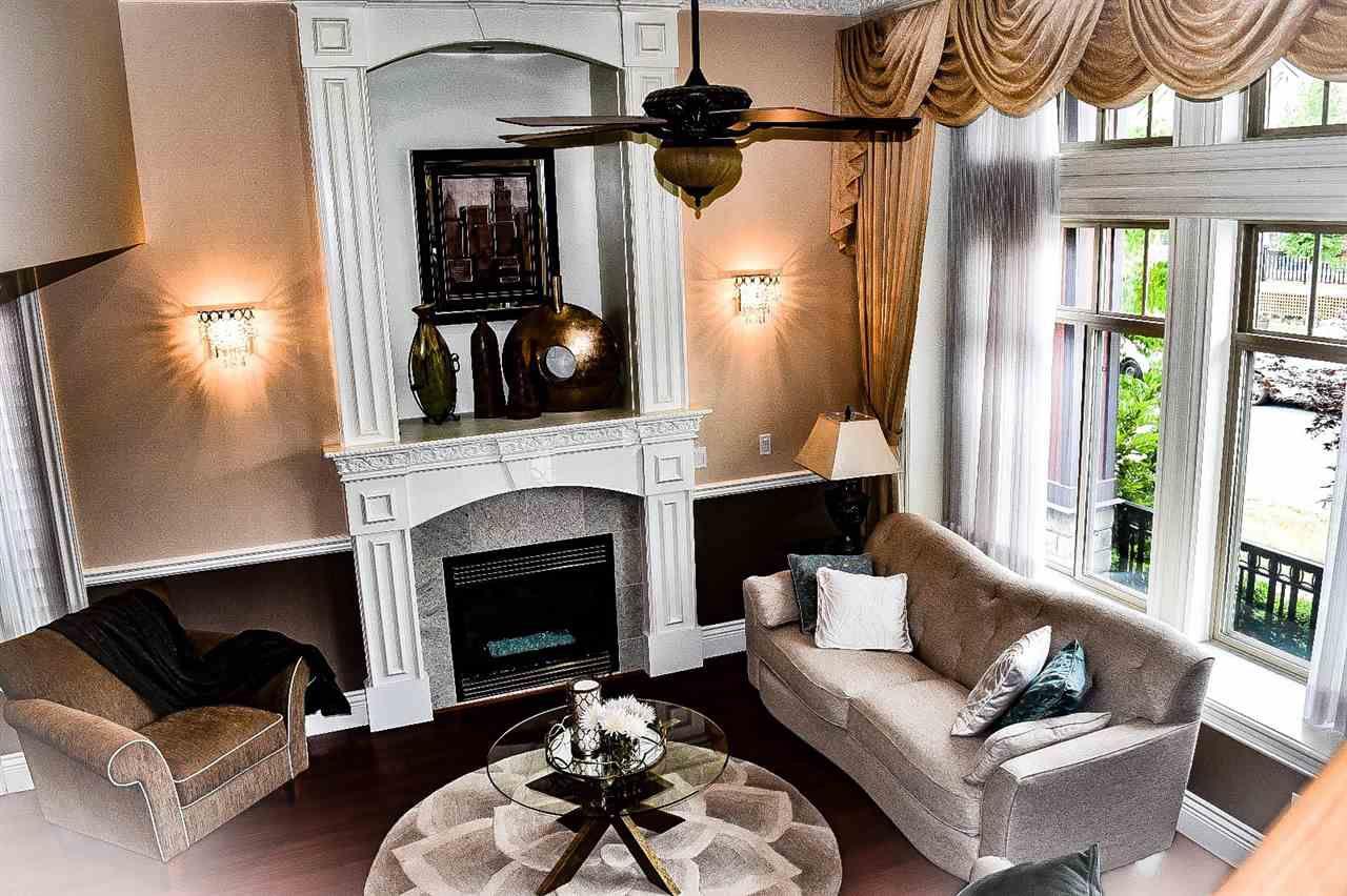 Main Photo: 12984 58B Avenue in Surrey: Panorama Ridge House for sale : MLS®# R2273122