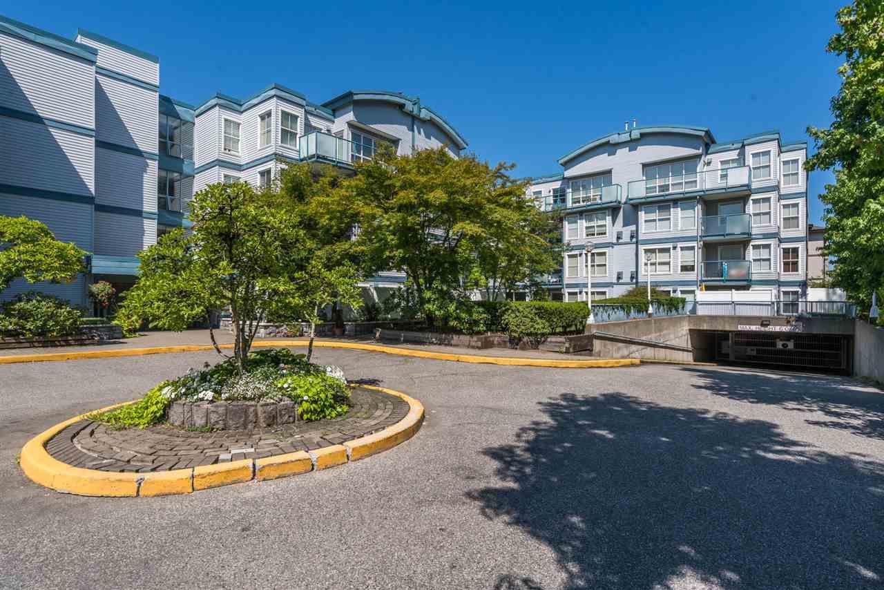 """Main Photo: 111 14885 100TH Avenue in Surrey: Guildford Condo for sale in """"the Dorchester"""" (North Surrey)  : MLS®# R2295694"""