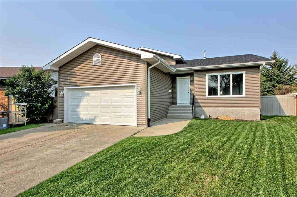 Main Photo: 1921 52 Street in Edmonton: Zone 29 House for sale : MLS®# E4137862