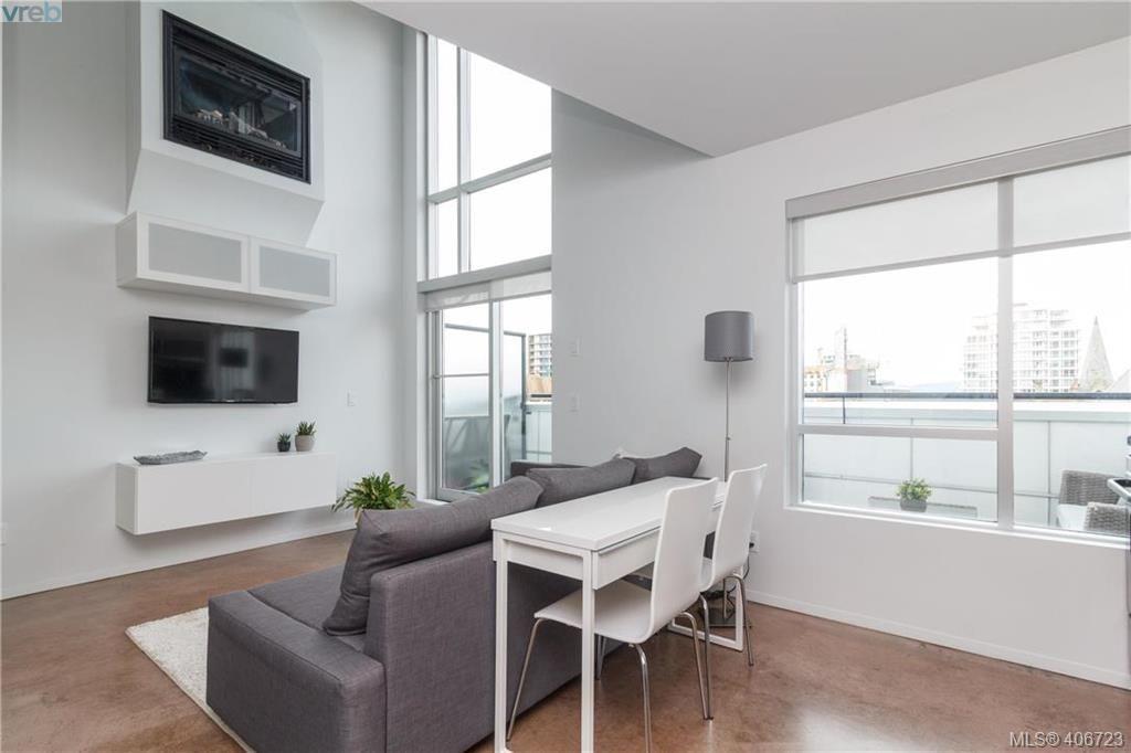 Main Photo: 403 932 Johnson Street in VICTORIA: Vi Downtown Condo Apartment for sale (Victoria)  : MLS®# 406723