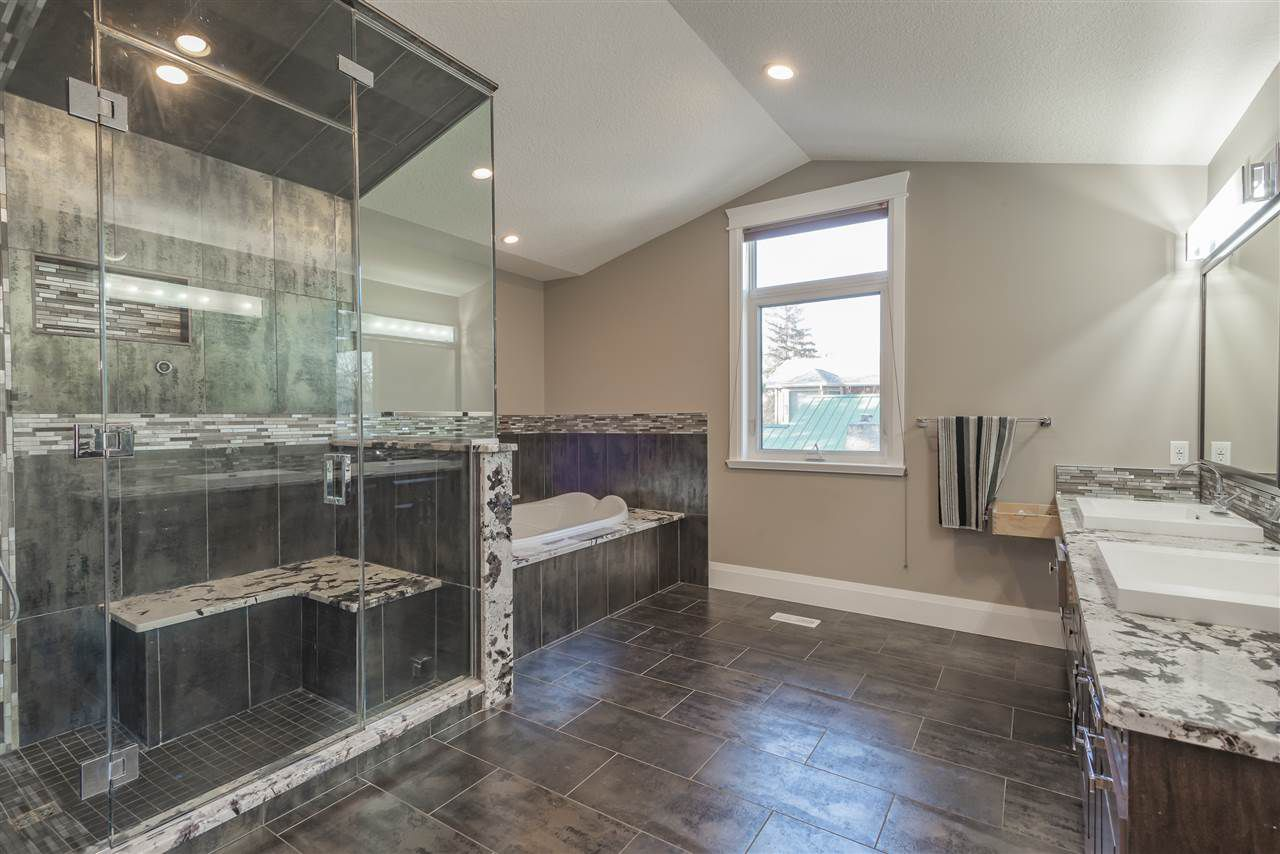 Photo 15: Photos: 10821 128 Street in Edmonton: Zone 07 House for sale : MLS®# E4148515