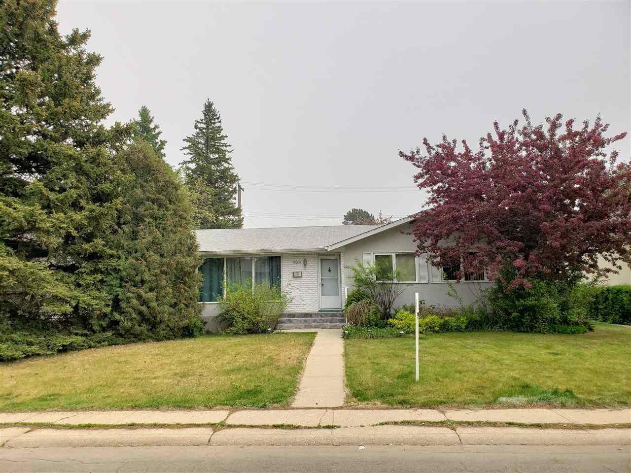 Main Photo: 11911 41A Avenue in Edmonton: Zone 16 House for sale : MLS®# E4151748
