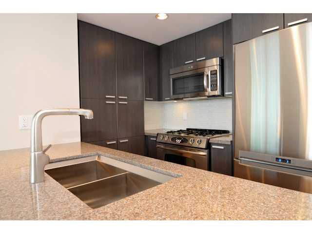 "Main Photo: 803 2200 DOUGLAS Road in Burnaby: Willingdon Heights Condo for sale in ""AFFINITY"" (Burnaby North)  : MLS®# V926483"