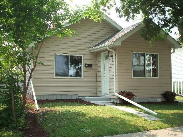 Main Photo: 196 Notre Dame Street in WINNIPEG: St Boniface Residential for sale (South East Winnipeg)  : MLS®# 1518178